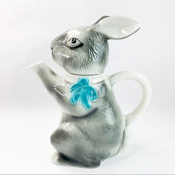 Tony Wood Staffordshire Grey Bunny Rabbit Tea Pot